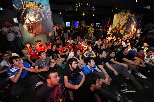 League of Legends finalini binlerce kişi izledi
